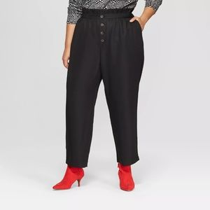 Women's Black Relaxed Button Front Ankle Trousers